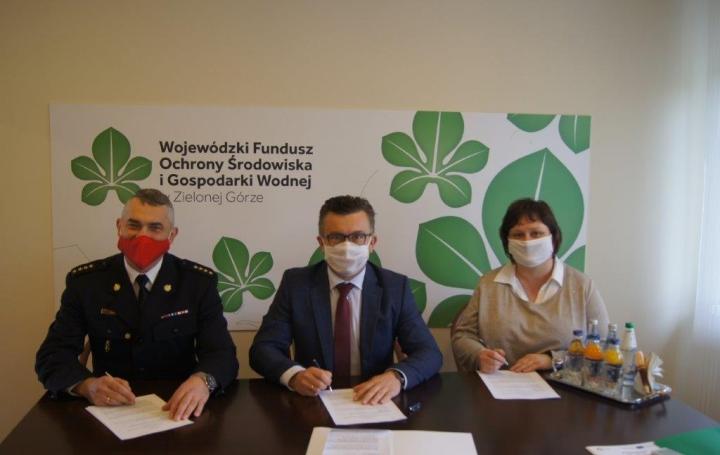 Podpisanie umowy na dofinansowanie zakupu zestawu narzędzi hydraulicznych realizowanego przez Komendę Powiatową PSP w Nowej Soli